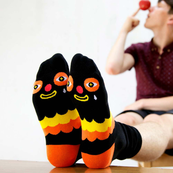 Cool-Gift-Kloss-Clown-Socks-ChattyFeet_grande