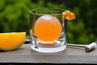 cocktail sphere molecular mixology