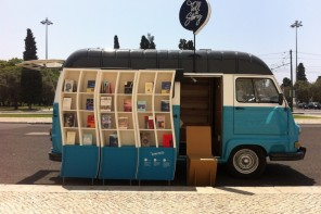 For The Love Of Reading: 5 Creative Mobile Libraries From Around The World