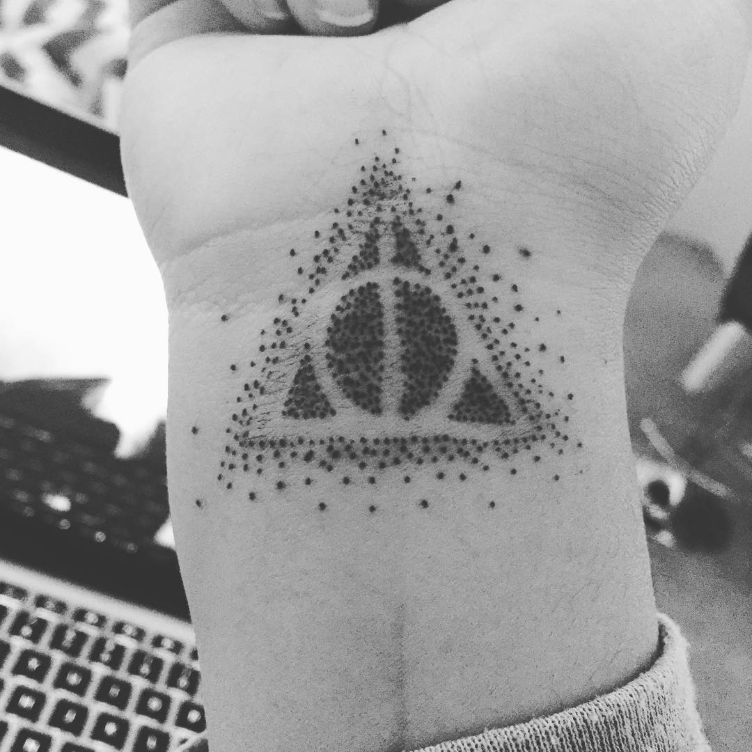 deathly-hallows-tattoo-4-copy