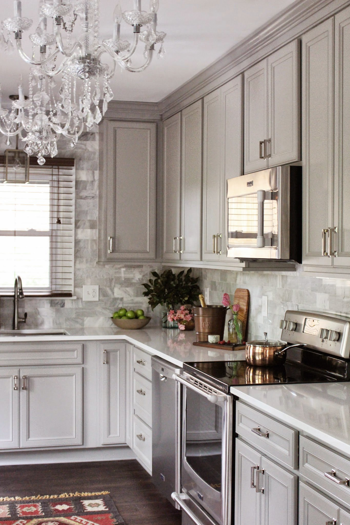 Grey-kitchen-interiors