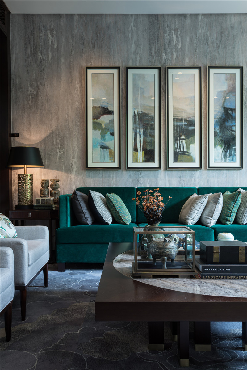 Teal-living-room-decor-sofa