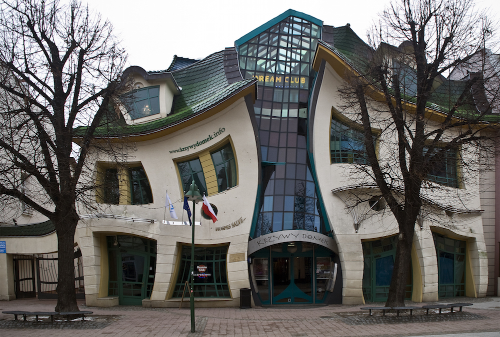 the-crooked-house