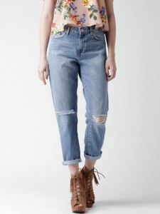 11463738289551-forever-21-blue-washed-straight-fit-jeans-3871463738289357-1