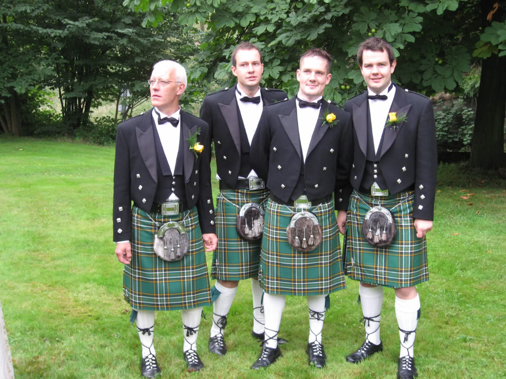 kilt liene men irish traditional outfits